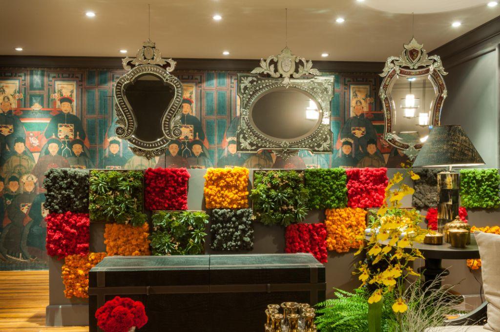 jardim vertical tecido:Jardim vertical em banheiro unissex